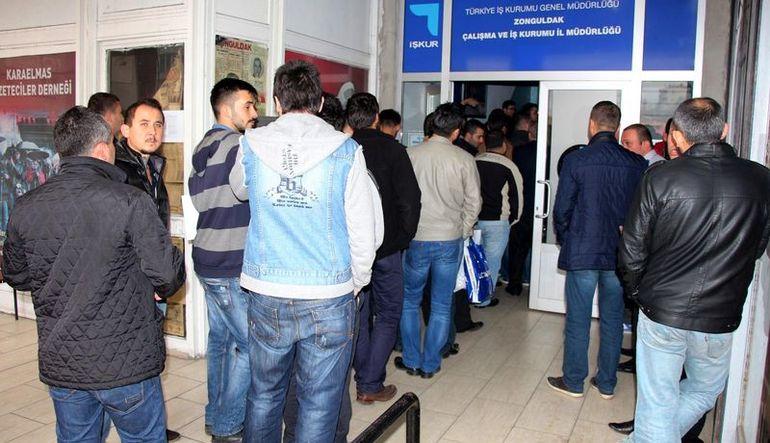 Türkiye'de işsizlik Kasım ayında arttı, son 3 yılın zirvesini gördü