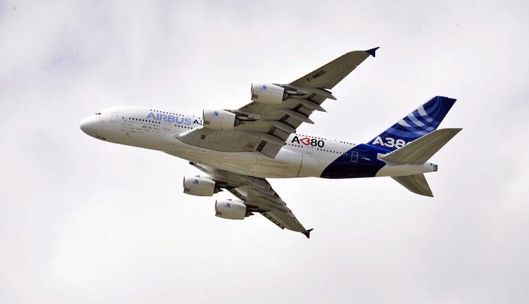 THY A380 superjumbo uçak kiralayacak
