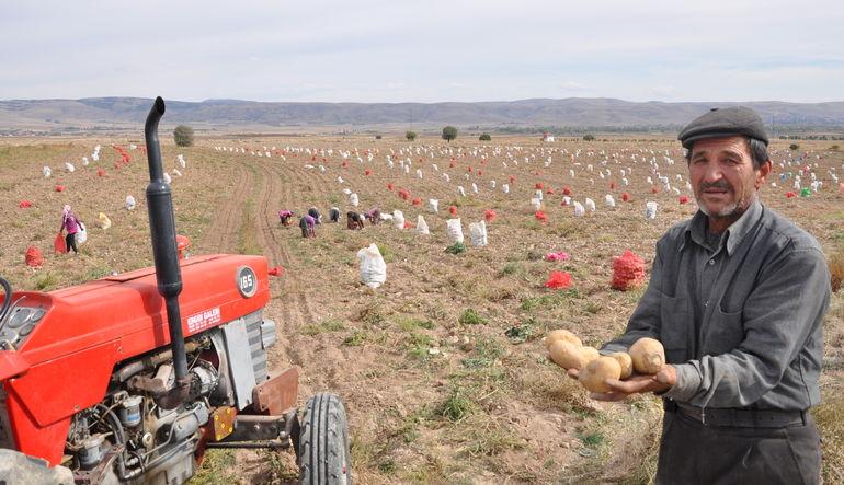 Analiz: Çiftçi toprağını değil ürününü satmayı düşünmeli