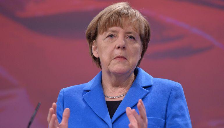 """Hedef Yunanistan'ı Euro'da tutmak"""