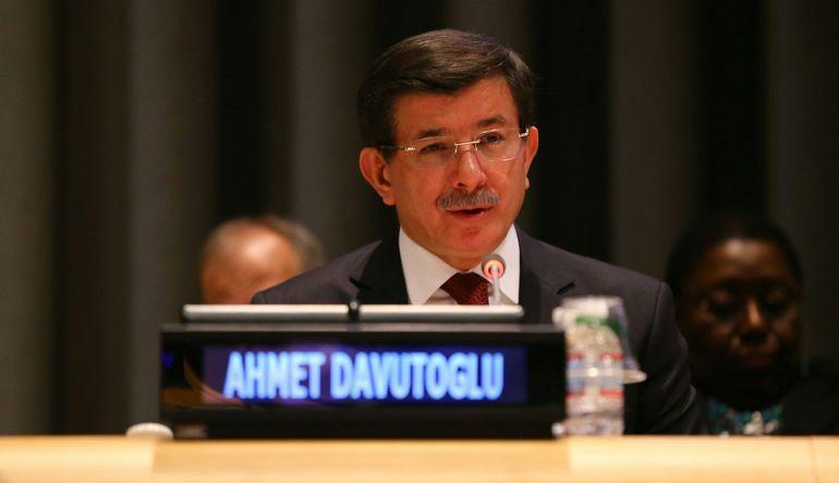 Ahmet Davutoğlu: Kimse kriz peşinde koşmasın