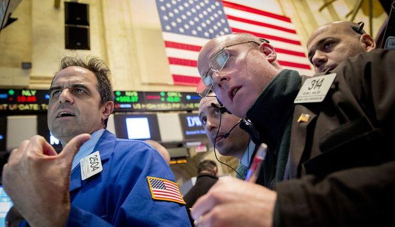 ABD hisseleri ''doların güçlenmesi'' ile 2 ayın en sert düşüşünü kaydetti