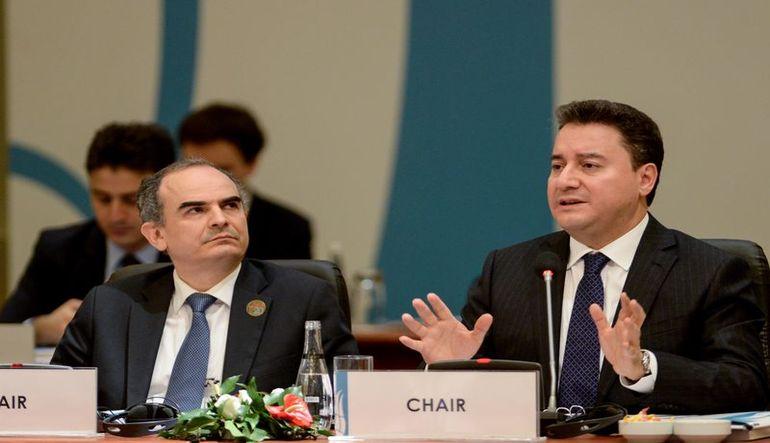 Erdem Başçı Cumhurbaşkanı Erdoğan'a sunum yaptı
