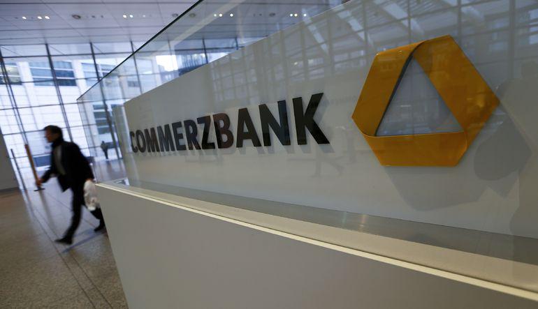 ABD Commerzbank'a ceza yağdırdı