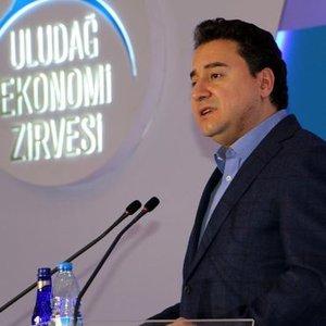 """""""İÇİMİZDEKİ TARTIŞMA TL'DEKİ DALGALANMAYI ARTIRDI"""""""