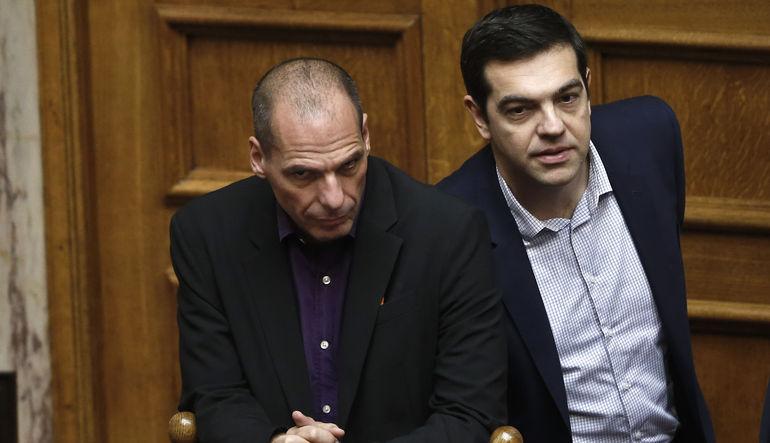 Alman Maliye Bakanı Wolfgang Schauble'nin sözlerine karşı Yunanistan resmi protesto çekti