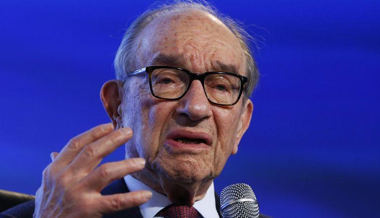 Fed Eski Başkanı Alan Greenspan petrolde düşüşün sürebileceği uyarısında bulundu