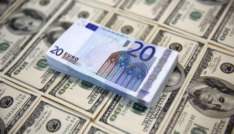 Goldman Sachs euro tahminini düşürdü
