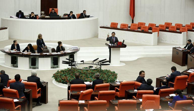 Ankara Gündemi: 16 Mart. Çözüm sürecine yönelik olarak Başkent Ankara'da siyasi gündem yoğun