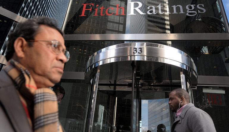 Fitch büyümenin hızlanmasını bekliyor