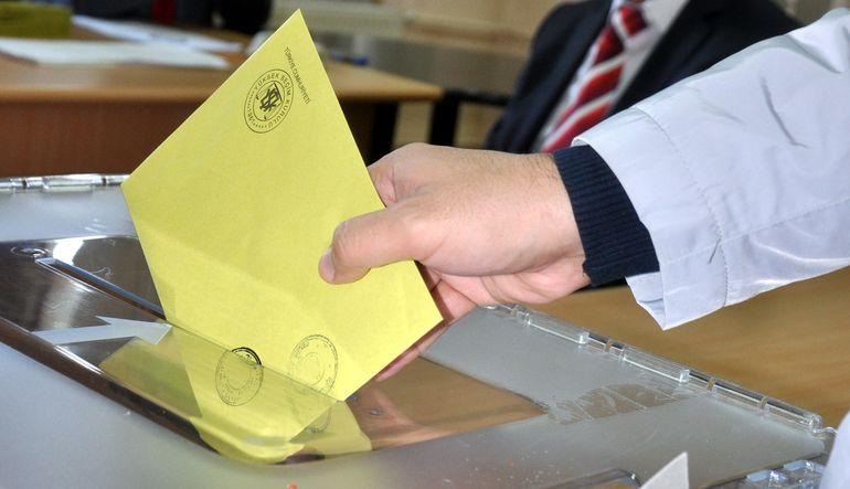 Ekonomik performans AK Parti oylarını nasıl etkiliyor?