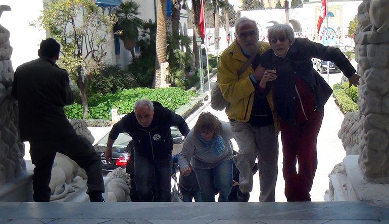 Tunus'ta katliam: 21 ölü