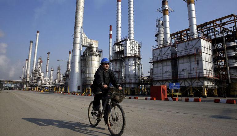 İran petrol üretimini günlük 1 milyon varil arttırabilir