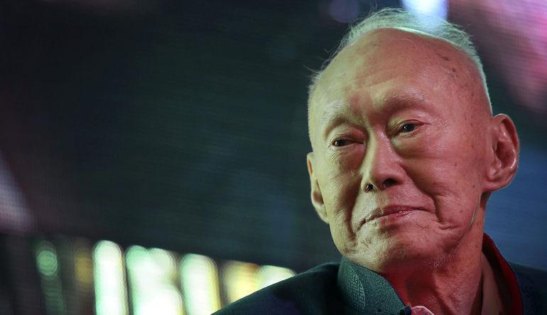 Singapur'un kurucusu hayatını kaybetti