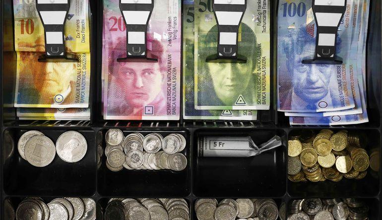 Euro Bölgesi'nden para çıkışı dengeleri altüst ediyor