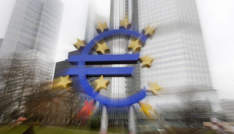 Bundesbank'tan Euro uyarısı