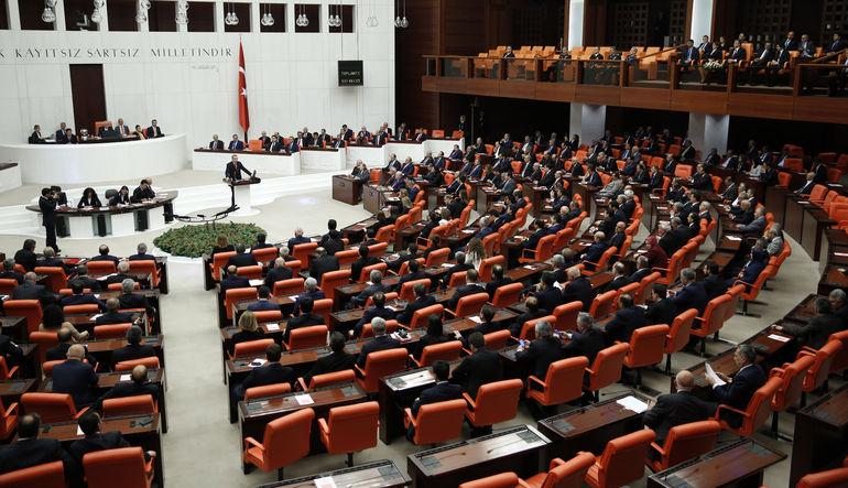 JP Morgan: AKP'nin 330 sandalye elde etmesi zor