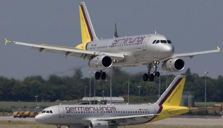 Barselona'dan Düsseldorf'a giden uçağın Fransa'nın güneyinde düştüğü bildirildi