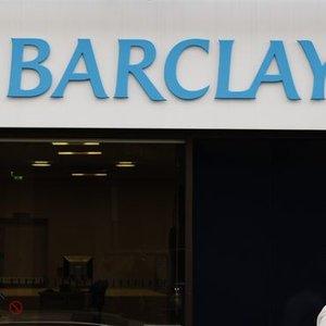 'ZAYIF LİRA VE BÜYÜME TÜRK BANKALAR İÇİN RİSKLERİ ARTTIRIYOR'