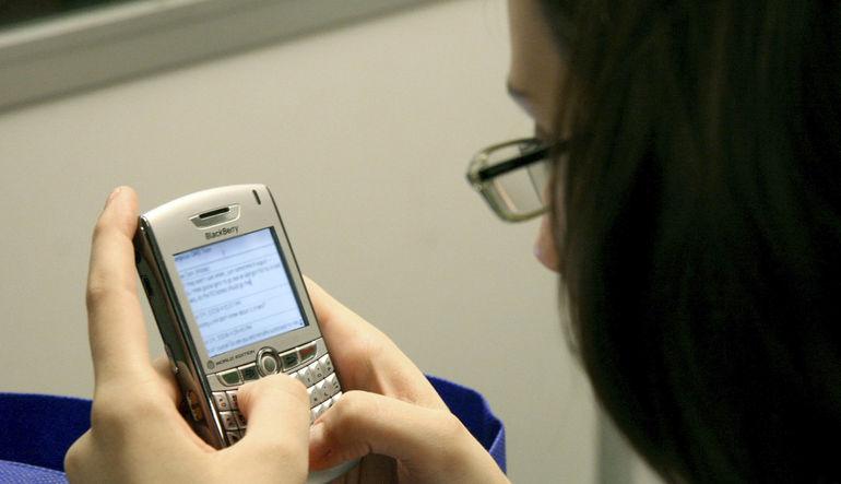 Sosyal ağlar SMS sayısını yüzde 30 düşürdü