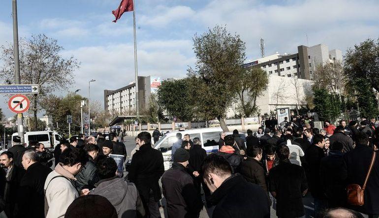Vatan Caddesi'ndeki Emniyet Müdürlüğü'nde silahlı saldırı