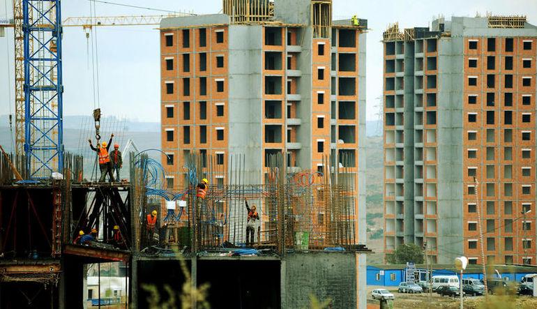 Dolardaki artış inşaat sektörünü nasıl etkiler?