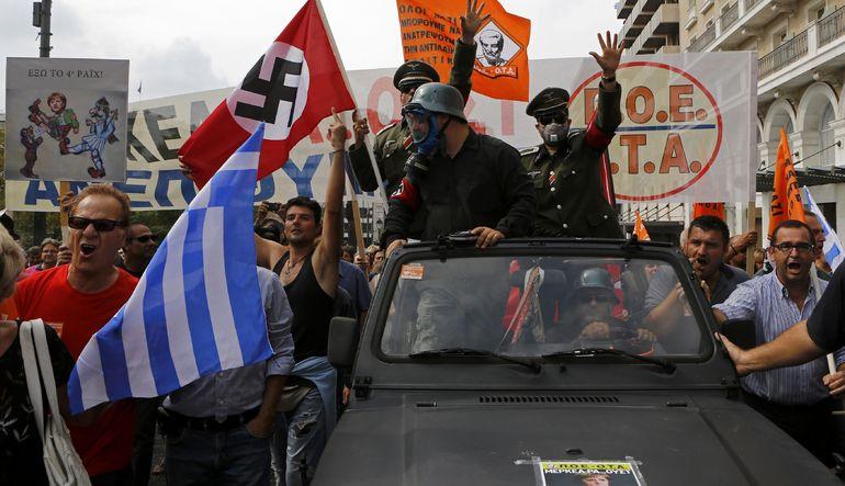 Yunanistan faturayı çıkardı