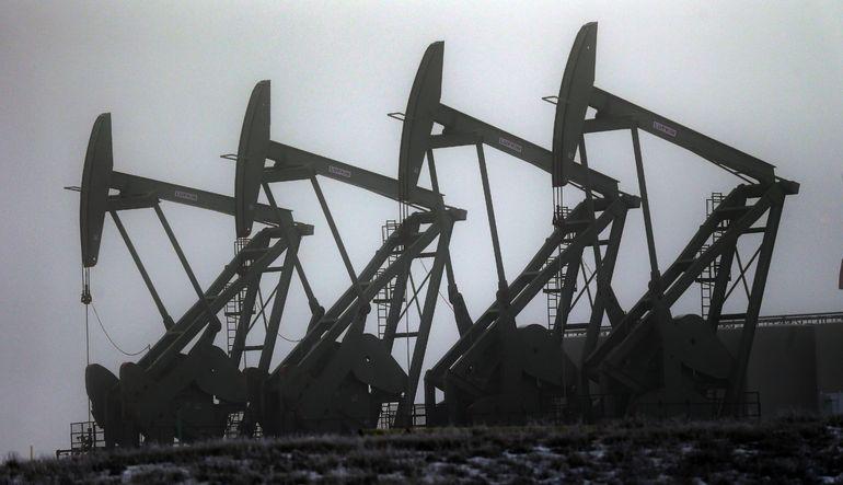 UEA: İran ile anlaşma petrolü 15 dolar düşürebilir