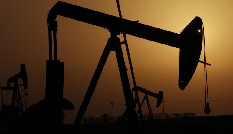 Petrolde İran etkisini