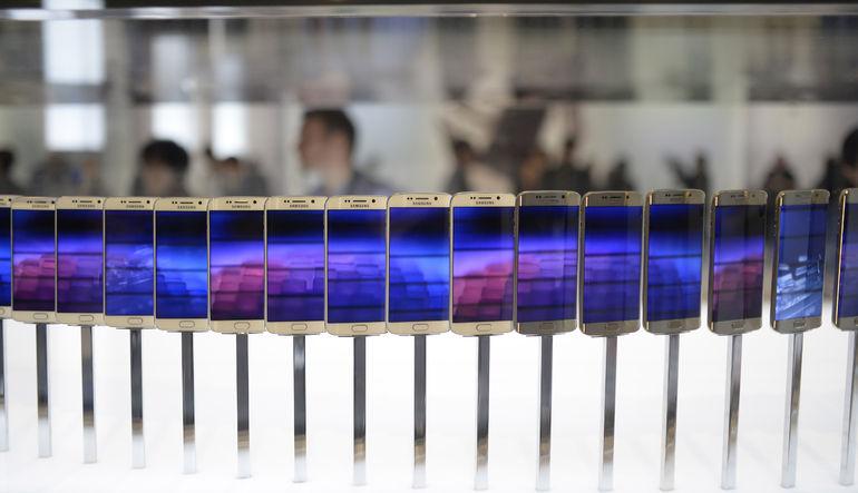 Samsung yeni S6'dan rekor satış bekliyor