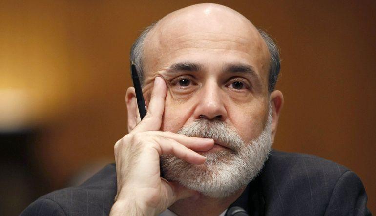 Para politikası mali istikrara yönelik riskleri dikkate almalı mı?