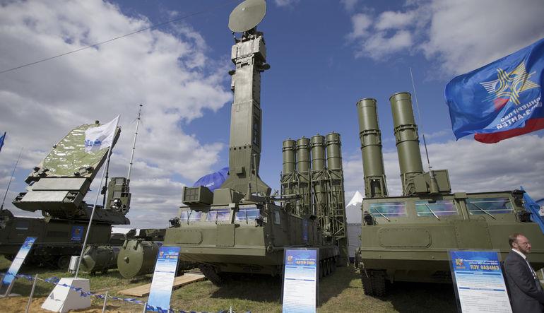 Rusya İran'a füze satış yasağını kaldırdı