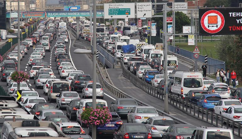 Trafikte en sıkışık şehir İstanbul