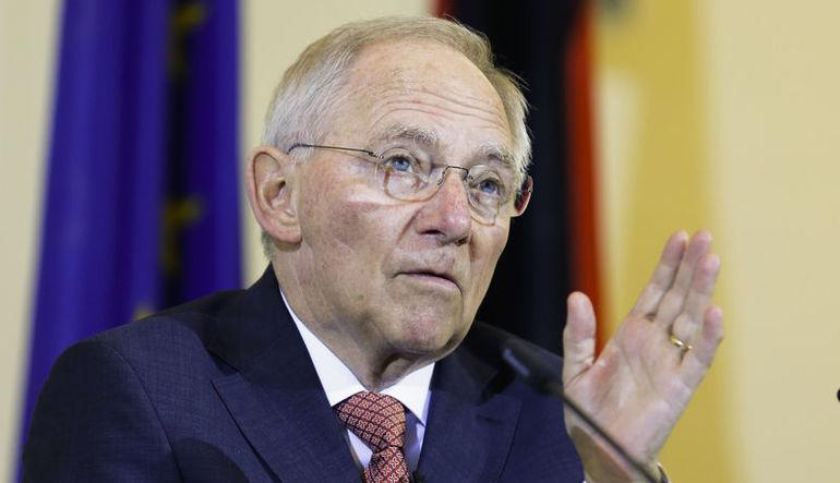 Schaeuble: Eurodan çıkış Yunanistan'ın kararı