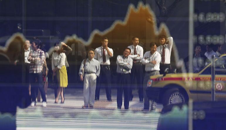 Deflasyon tehdidi azalıyor