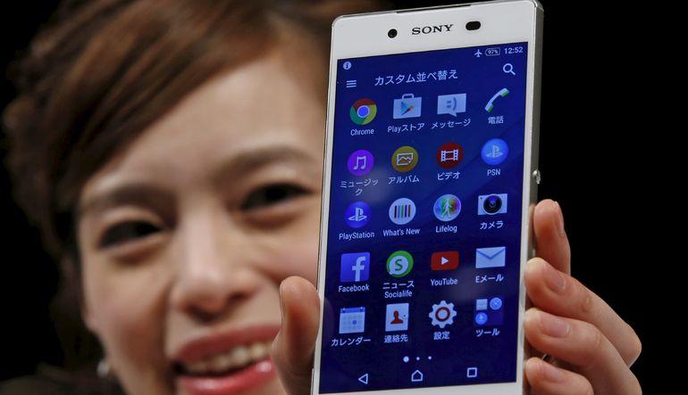 Sony en yeni akıllı telefon modelini tanıtarak sektörde 'Ben de varım' dedi