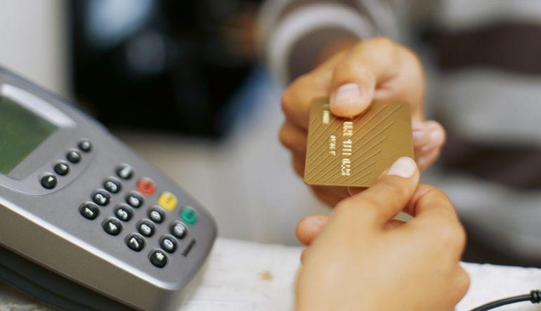 Kredi kartı borçları artıyor