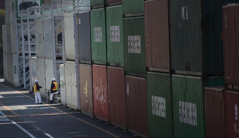 Japonya'nın ihracatları Mart ayında 2012'den bu yana ilk kez ithalatları geçti