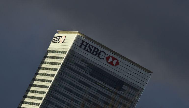 HSBC, genel merkezini Londra'dan taşıma konusunu değerlendirmeye aldığını söyledi