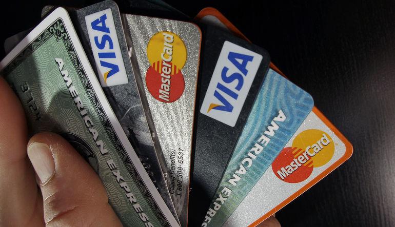Kredi kartı alışverişi artıyor