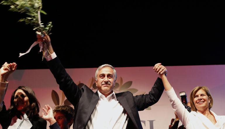 Kuzey Kıbrıs Türkiye Cumhuriyeti'nin (KKTC) yeni cumhurbaşkanı Mustafa Akıncı oldu