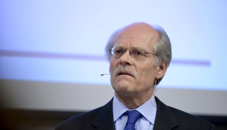 Riksbank tahvil alımını artırdı