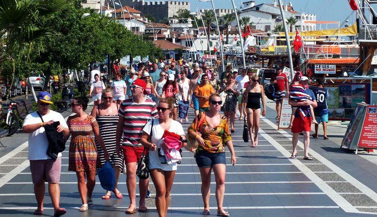 Türkiye'nin turizm geliri, yılın ilk çeyreğinde geçen yılın aynı dönemine göre yüzde 1.3 artarak 4.868 milyar dolar oldu
