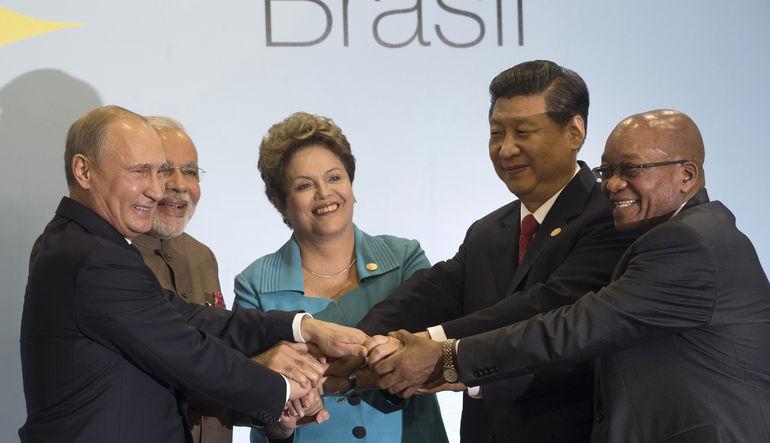 Rusya, Brezilya, Çin, Hindistan ve Güney Afrika'yla birlikte IMF'ye 100 milyar dolarlık alternatif kurulumunu onayladı