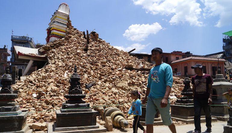 Nepal'de ölü sayısı 7 bini aştı