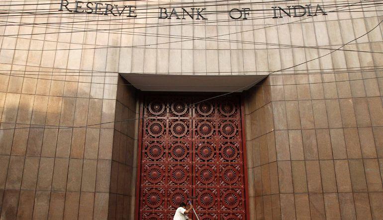 Hindistan Fed faizleri artırması sonrasında yaşanacak sarsıntı öncesinde rekor seviyede rezerv stokluyor