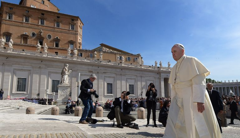 Vatikan Filistin'i tanıyor