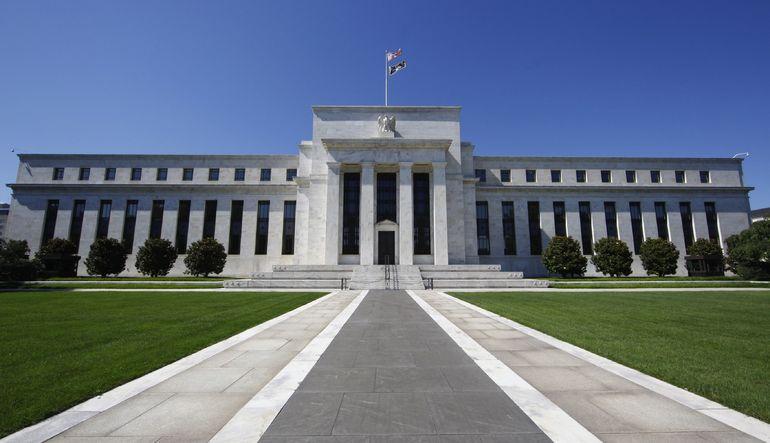 Wall Street Journal son anketine göre, ekonomistlerin çoğunluğu ABD Merkez Bankası Fed'in faizleri Eylül ayında artırmasını bekliyor