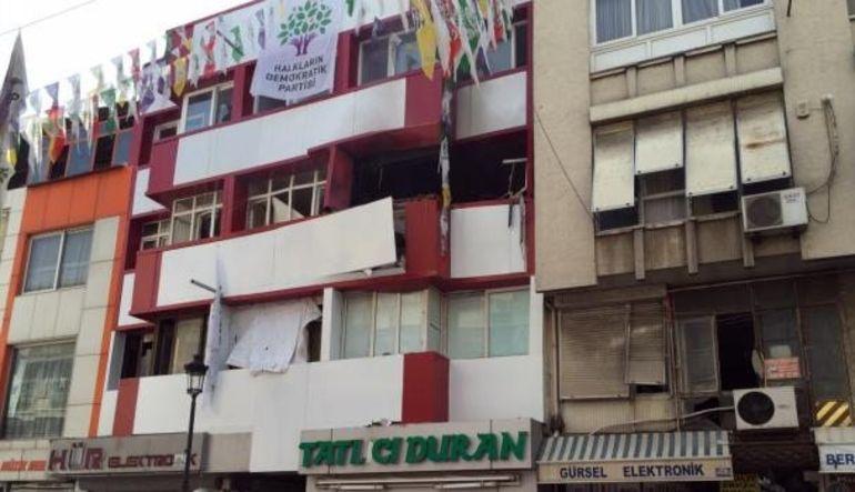 Mersin ve Adana HDP binalarında patlama