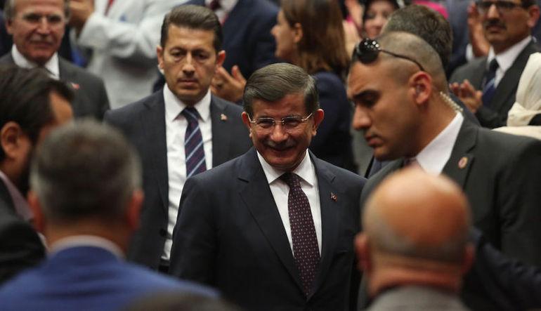 Davutoğlu: TÜSİAD asgari ücretin hesabını versin